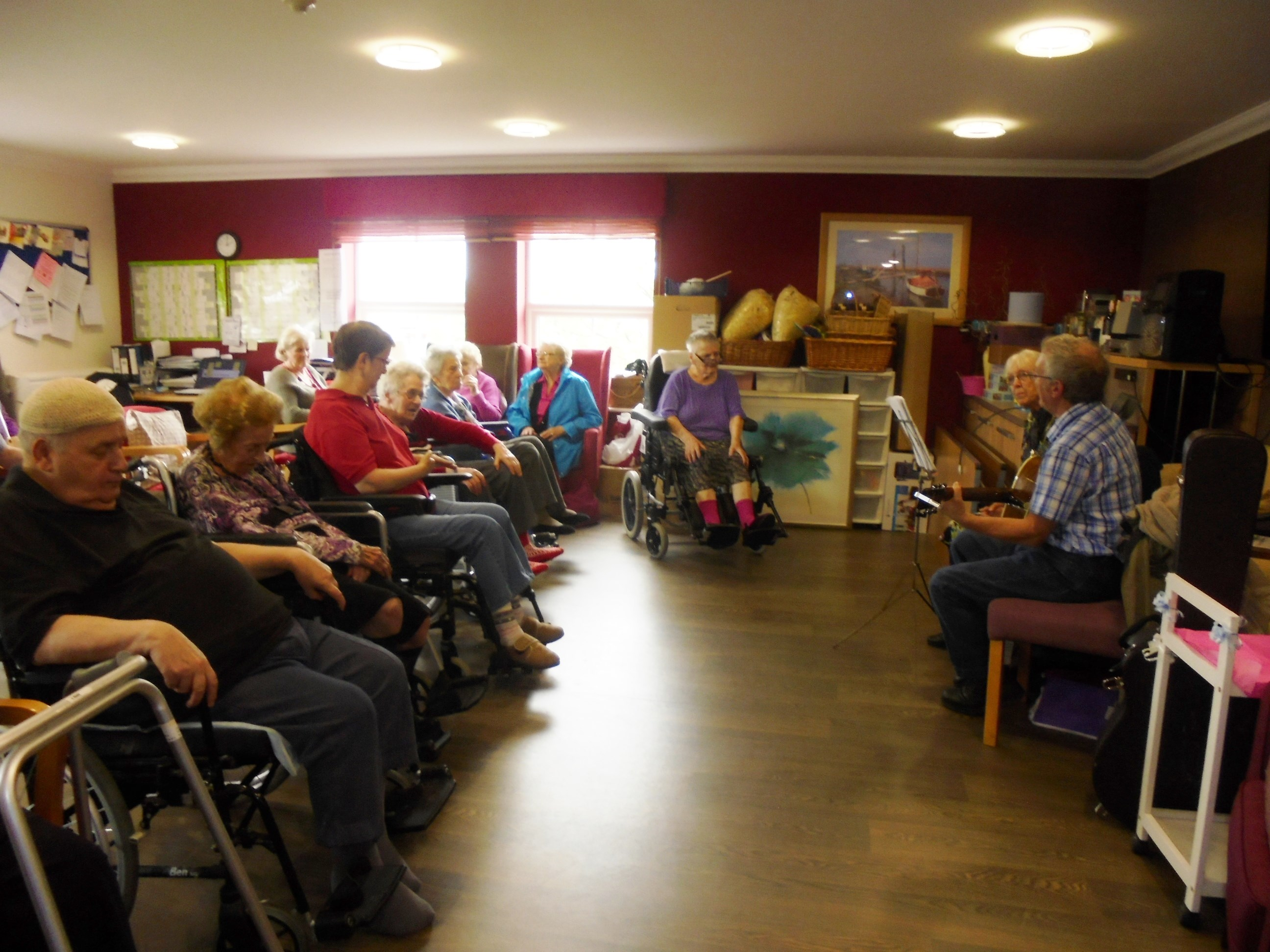 Musical Duo Entertainment at The Wolds Care Centre