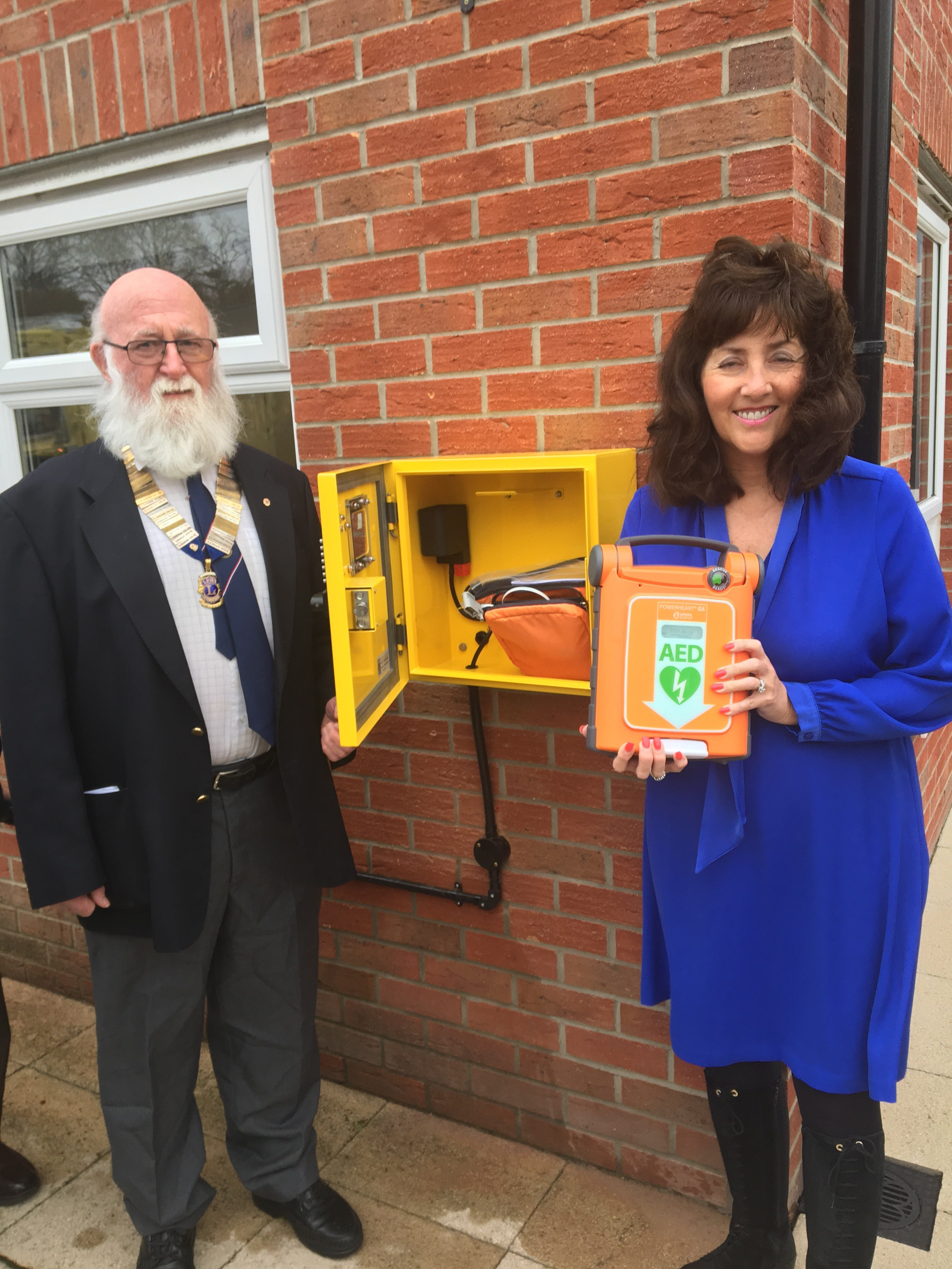 Life Saving Defibrillator Presented to The Moors